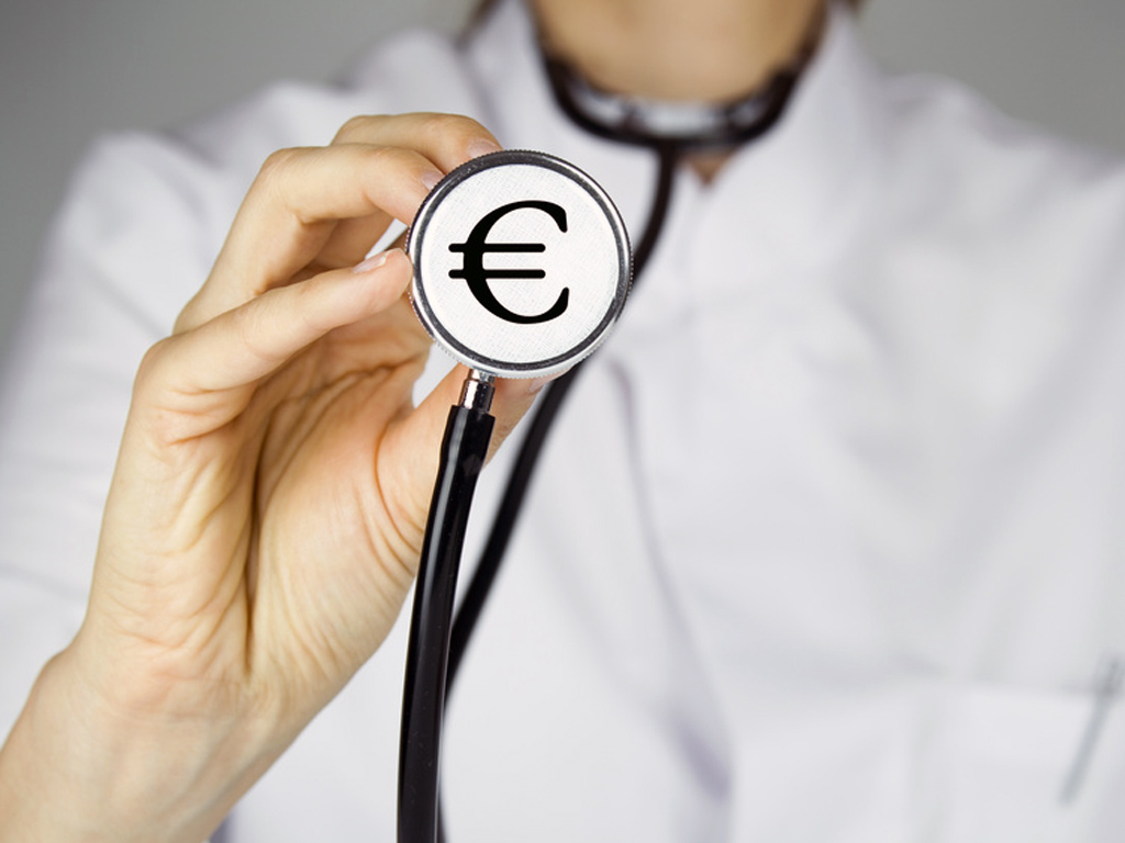 Dépassements d'honoraires à l'hôpital public et en clinique privée. Enquête