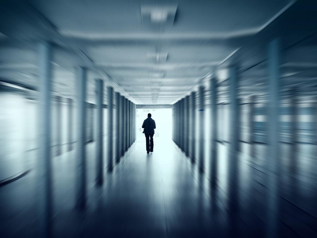La contention et l'isolement dans les établissements psychiatriques et en EHPAD