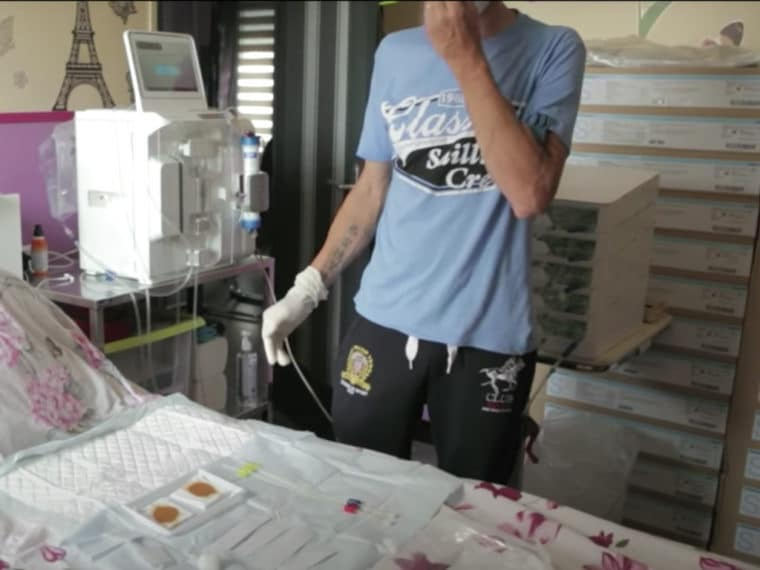 Hémodialyse à domicile dans sa chambre